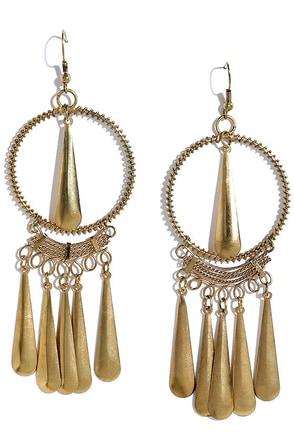 Redwood Park Gold Earrings at Lulus.com!