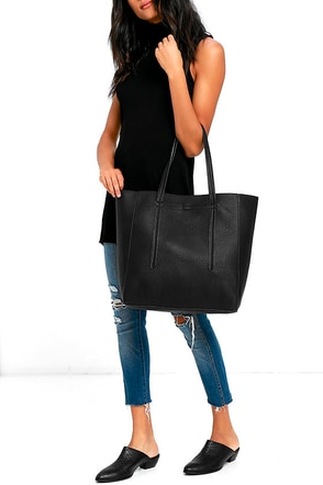Chic Simplicity Black Tote at Lulus.com!