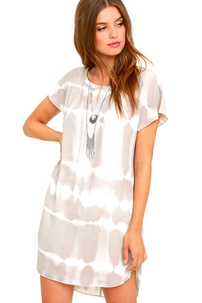 Gentle Fawn Tywyn Ivory and Light Grey Tie-Dye Shift Dress at Lulus.com!