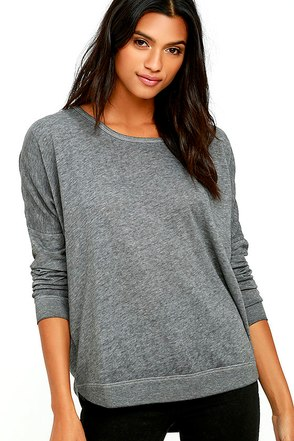 RVCA Label Dolman Grey Long Sleeve Top at Lulus.com!