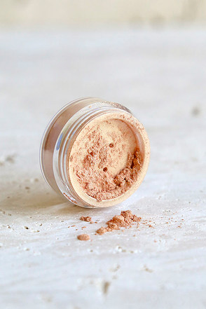 Obsessive Compulsive Cosmetics Dope Bronze Loose Colour at Lulus.com!