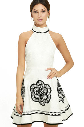 Elliatt Cascade Black and White Jacquard Skater Dress at Lulus.com!