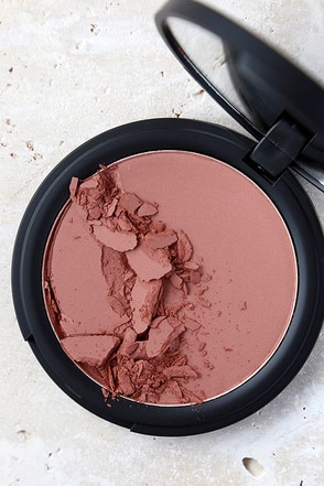Sigma Aura Powder In the Saddle Matte Bronzing Blush at Lulus.com!