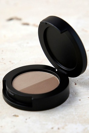 Sigma Brow Powder Duo Medium at Lulus.com!