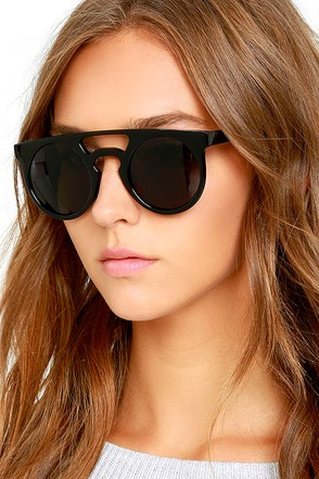 Karma Club Black Sunglasses at Lulus.com!