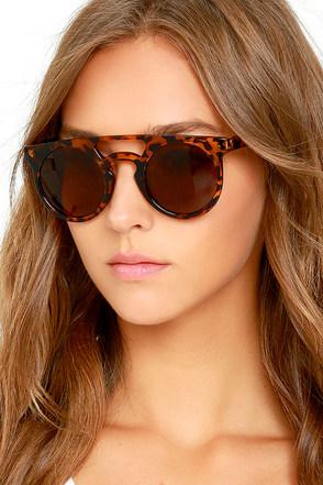 Karma Club Black Sunglasses at Lulus.com!