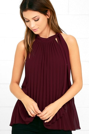 Style Starter Burgundy Pleated Sleeveless Top at Lulus.com!