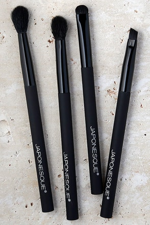 Japonesque Velvet Touch Eye Brush Set at Lulus.com!