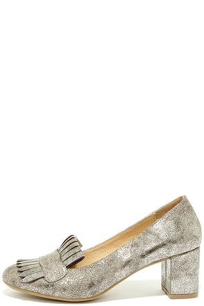 CL by Laundry Anete Shimmer Mica Gold Fringe Pumps at Lulus.com!