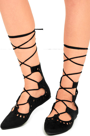 Suede Ya Look Black Cutout Lace-Up Flats at Lulus.com!