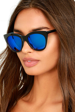 California Day Black and Blue Mirrored Sunglasses at Lulus.com!