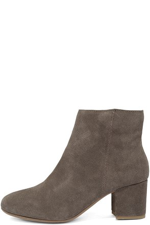 Steve Madden Holster Grey Suede Leather Ankle Booties at Lulus.com!