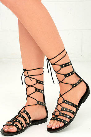 Steve Madden Sye Black Leather Studded Lace-Up Sandals at Lulus.com!