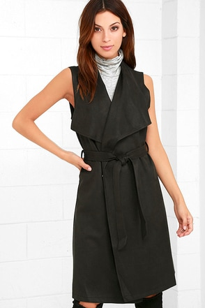 Water Under the Bridge Charcoal Grey Suede Vest at Lulus.com!