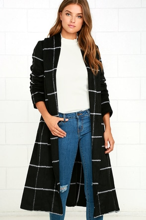 BB Dakota Braylee Black Plaid Coat at Lulus.com!