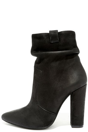 Steve Madden Ruling Black Suede Leather Booties at Lulus.com!