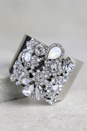 Dreamt of This Silver Rhinestone Cuff Bracelet at Lulus.com!