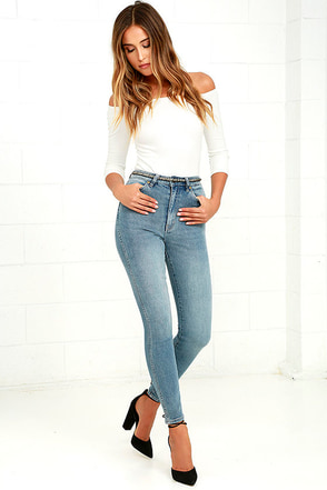Rollas Eastcoast Washed Blue High-Waisted Ankle Skinny Jeans at Lulus.com!