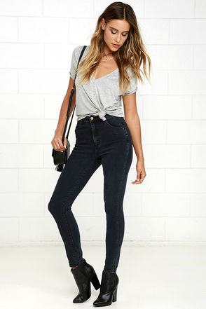 Rollas Eastcoast Washed Grey High-Waisted Ankle Skinny Jeans at Lulus.com!