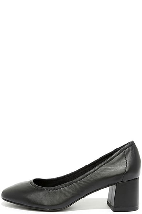 Steve Madden Tomorrow Black Leather Block Heels at Lulus.com!