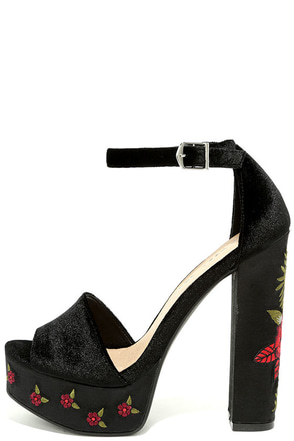 Chinese Laundry Ariana Black Velvet Platform Heels at Lulus.com!