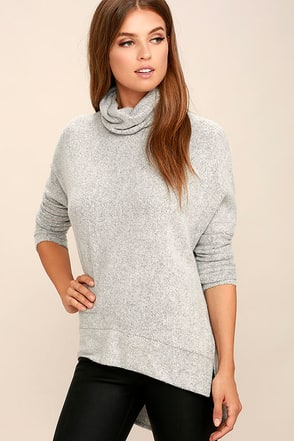 Gentle Manner Heather Grey Turtleneck Sweater at Lulus.com!