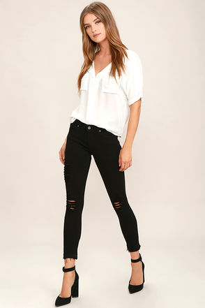 Young Forever Distressed Black Skinny Jeans at Lulus.com!