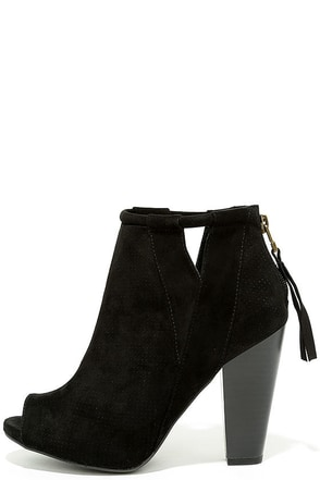 For Me Black Suede Peep-Toe Booties at Lulus.com!
