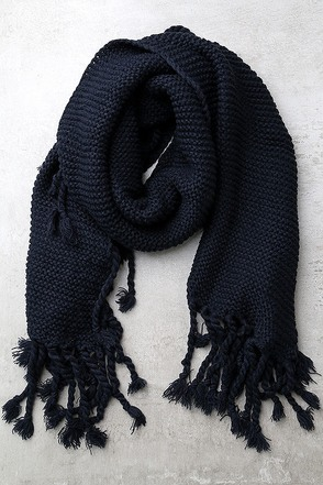 Destination Toasty Navy Blue Knit Scarf at Lulus.com!
