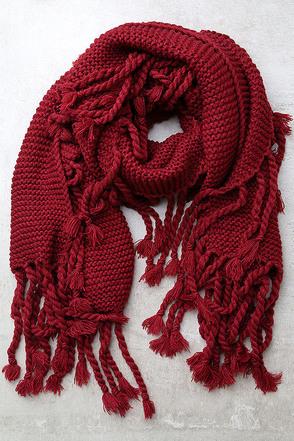 Destination Toasty Beige Knit Scarf at Lulus.com!