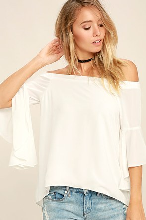 Soul Sisters White Off-the-Shoulder Top at Lulus.com!