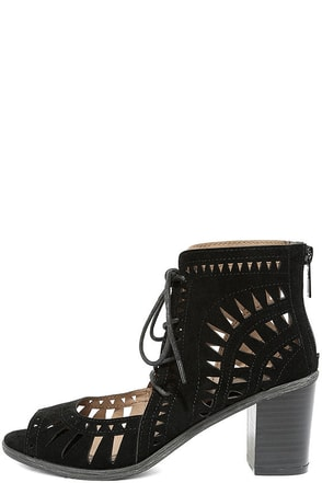 Cut to the Chase Black Suede Cutout Lace-Up Booties at Lulus.com!