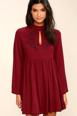 Mink Pink Valley of the Vine Wine Red Embroidered Dress at Lulus.com!
