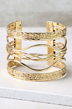 Swirl Power Gold Cuff Bracelet at Lulus.com!