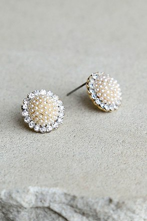 Absolutely Divine Gold and Pearl Earrings at Lulus.com!