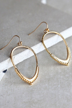 Majestic Glory Gold Earrings at Lulus.com!