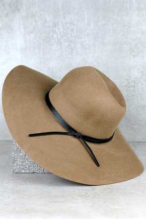 Leaf Pile Taupe Hat at Lulus.com!