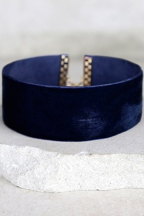 Slay Bae Bae Navy Blue Velvet Choker Necklace at Lulus.com!