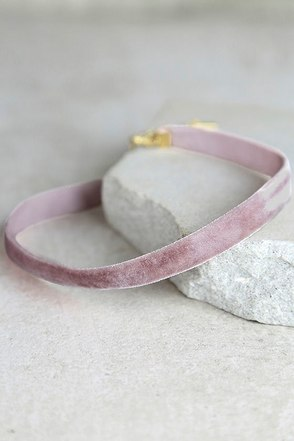 Stronger Mauve Velvet Choker Necklace at Lulus.com!