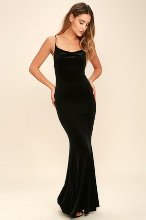 Sorceress Black Velvet Maxi Dress at Lulus.com!