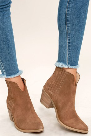 Steve Madden Webster Tan Suede Leather Ankle Booties at Lulus.com!