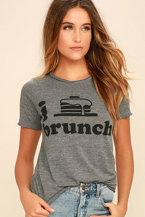 Chaser I Heart Brunch Heather Grey Tee at Lulus.com!