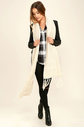 Billabong Cozy Coast Beige Scarf at Lulus.com!