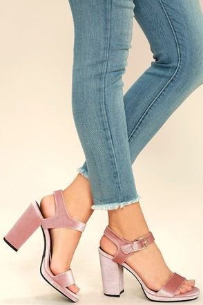 Tiffany Blush Velvet Platform Heels at Lulus.com!