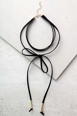 https://www.lulus.com/products/alchemy-gold-and-black-layered-choker-necklace/412072.html