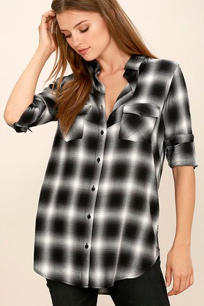BB Dakota Ebson Black Plaid Button-Up Top at Lulus.com!