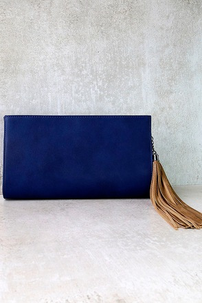 No Problem Navy Blue Clutch at Lulus.com!