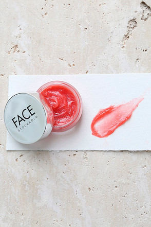 FACE Stockholm Smart Coral Red Pot Gloss 1