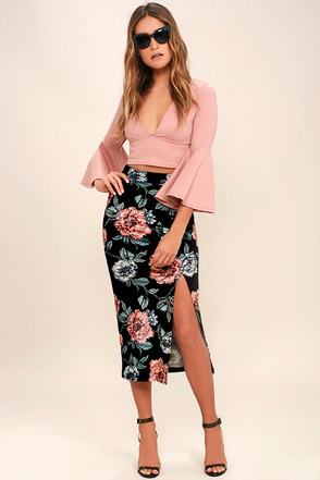 Mink Pink Garden of Eden Black Floral Print Velvet Midi Skirt at Lulus.com!