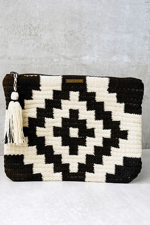 O'Neill Trail Cream and Black Print Clutch at Lulus.com!